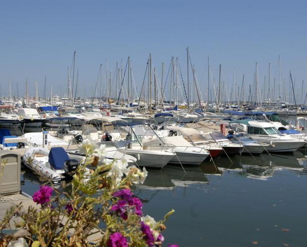 Port-de-Golfe-Juan_Plaisance_07